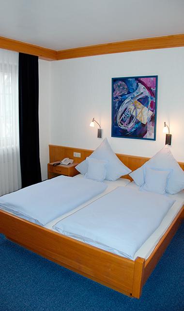 Schlafzimmer [bedroom]